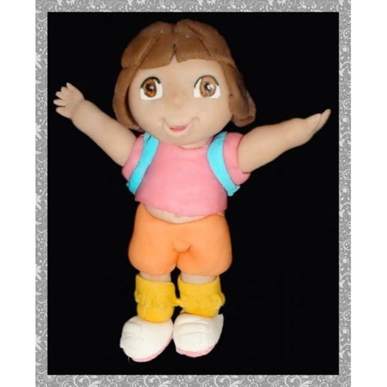 Figura de Fondant de Dora