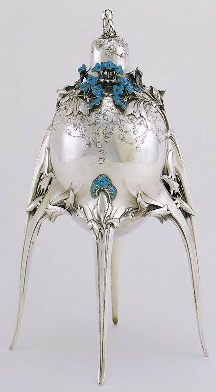 *.Caviar server | Jules Auguste Habert-Dys (France, Europe), 1905 Silver, enamel: