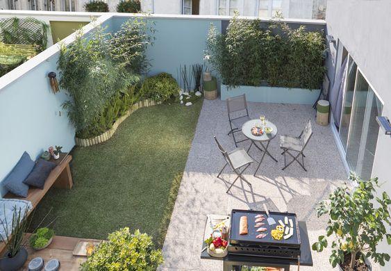De la pelouse pour un petit coin de jardin des dalles for Avoir des poules dans un petit jardin