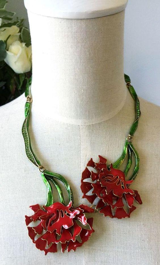 Oscar De La Renta Enamel Dianthus caryophyllus Collar Necklace Rare…