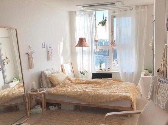 10 Comfortable Korean Style Bedroom Ideas Simphome In 2021 Small Room Bedroom Minimalist Room Aesthetic Bedroom Examples of Korean-style minimalist bedrooms