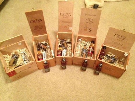 Wedding Party Gift Ideas Groomsmen: I Know Where To Get Cigar Boxes