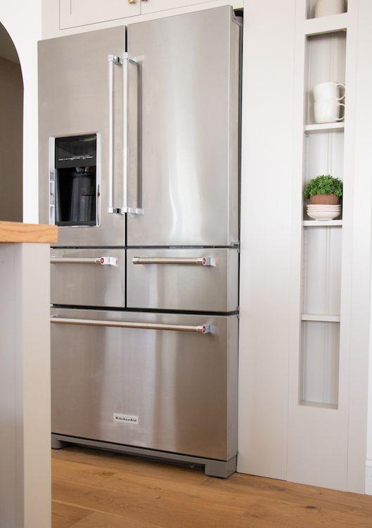Modern Kitchen Revamp Ideas With Kitchenaid Modern Kitchen Appliances Kitchen Aid Appliances Modern Kitchen