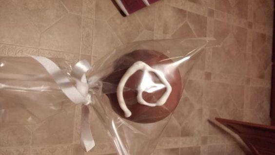 CINNAMON ROLL CAKE POP