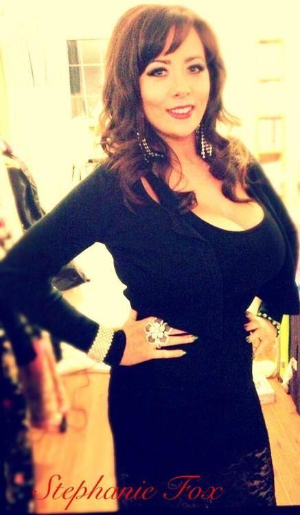 Stephanie Fox 32