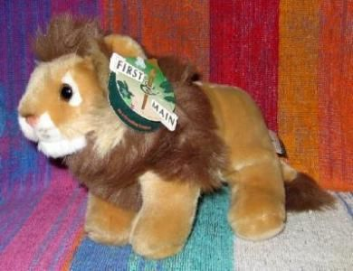 First & Main Lion plush toy