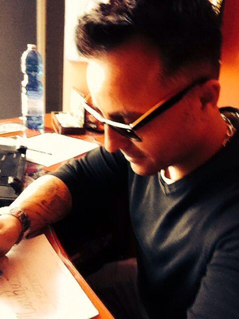 Tattoo artist studio Buena Suerte