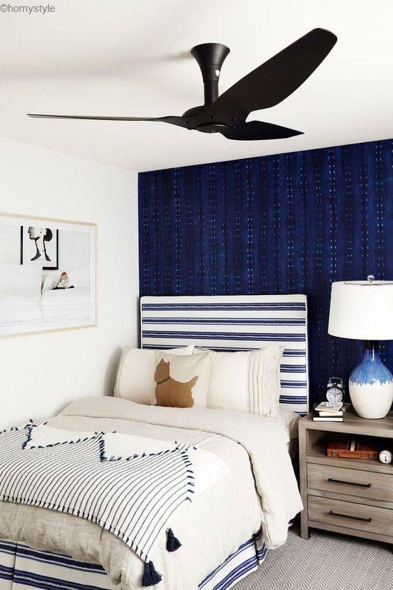 Une Chambre D Ado A La Deco Blanche Et Bleu Epuree Et Moderne