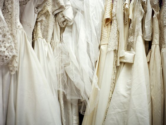 Beautiful &amp- Budget: Where to Find Second Hand Wedding Dresses ...