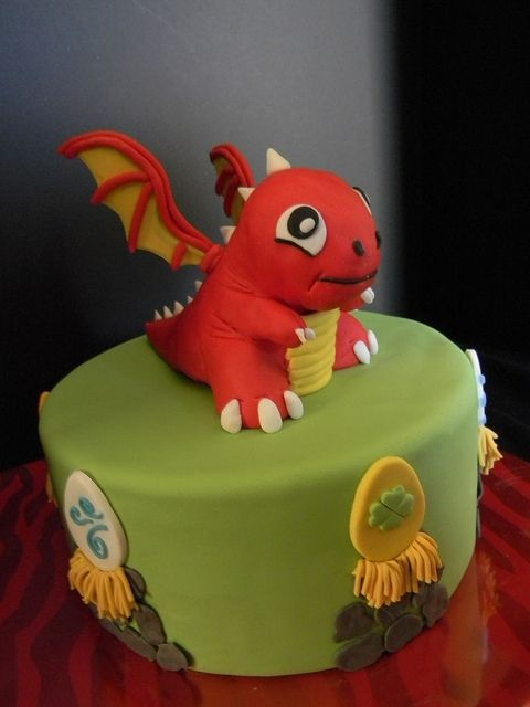 THIS IS HOW I WANT MY B-DAY CAKE!!!! :-]