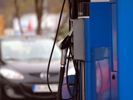Tankstellen verlangen höchste Preise um fünf Uhr morgens - http://k.ht/3JW