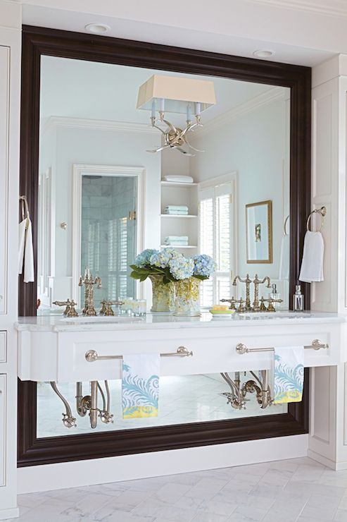 heritage wall cabinet with doors and shelf white