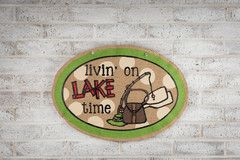 #Door #Decor for the #Lake House with @Glory Haus Inc. Burlee tie up with a Show Me Bow for easy DIY!