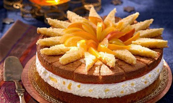 Eine Torte wie aus dem Morgenland mit kandierten Orangen, edlen Gewürzen und einer Joghurt-Sahne