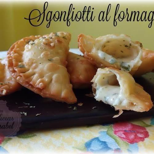 Empanadillas de queso, una delicia italiana