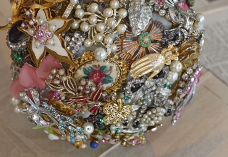 pink brooch bouquet, vintage brooches, tillymintloves