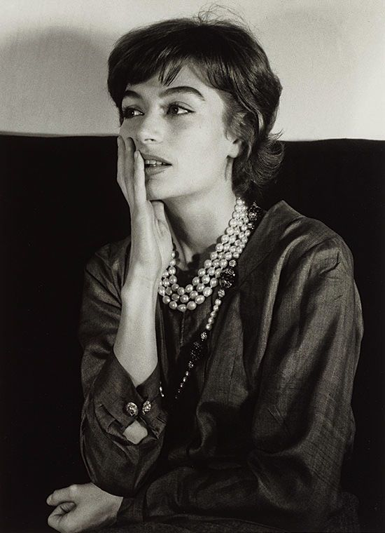 The haunting beauty of French  actress  ANOUCK AIMÉE,  photo by Gisèle Freund Paris 1962