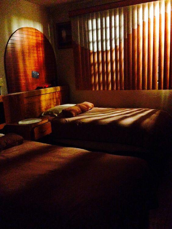 Recámara compartida | Juárez Romero Ricardo | Tomada con cámara trasera de iPhone 5 | Resolución 3,264 x 2,448 | Iztapalapa, México, Ciudad de México| 14 de Febrero 2016 |