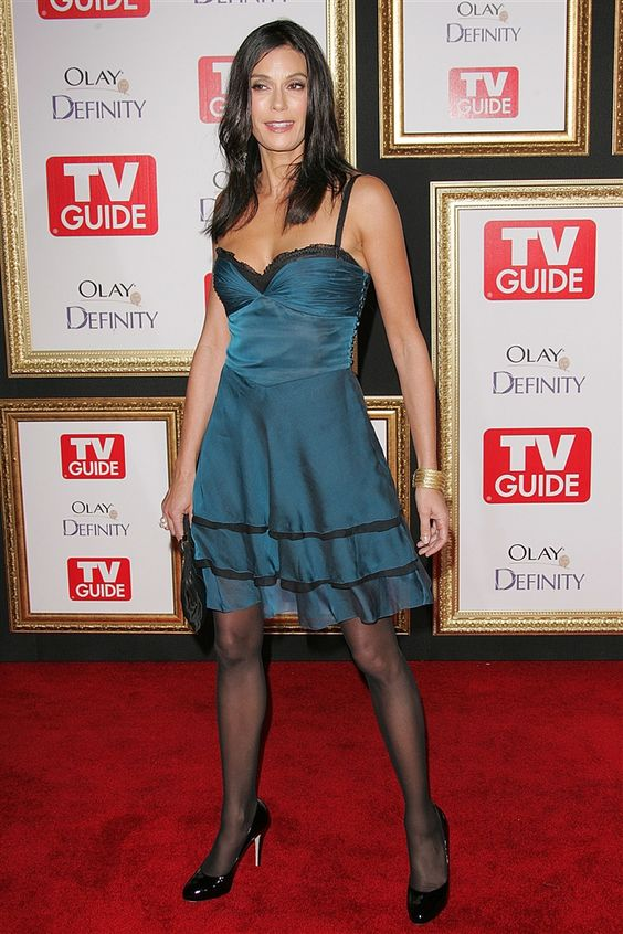 from Gustavo teri hatcher in nude pantyhose