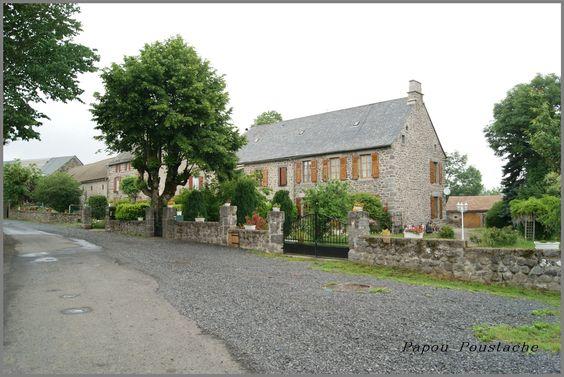 Voici les photos du village de Virargues et des alentours. Pour rappel, et pour situer ces images dans leur contexte, Virargues est situé dans le département du Cantal de la région de l'Auvergne Rhône Alpes et a une surface de 11.03 km ² pour une population...
