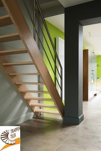 Moderne houten trap van trappen teck in puurs moderne for Moderne houten trap