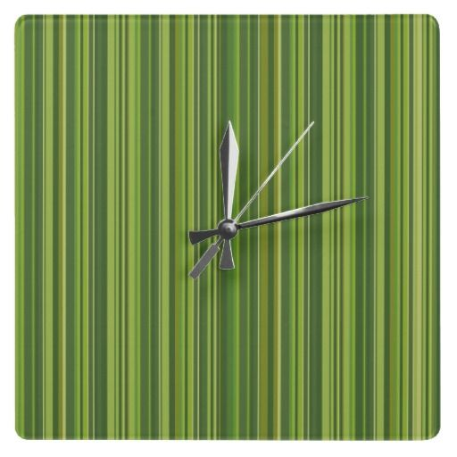 Viele #bunte #Streifen im grünen #Muster #Wanduhr 24,95 € pro Uhr  Viele bunte Streifen im grünen Muster Wanduhr