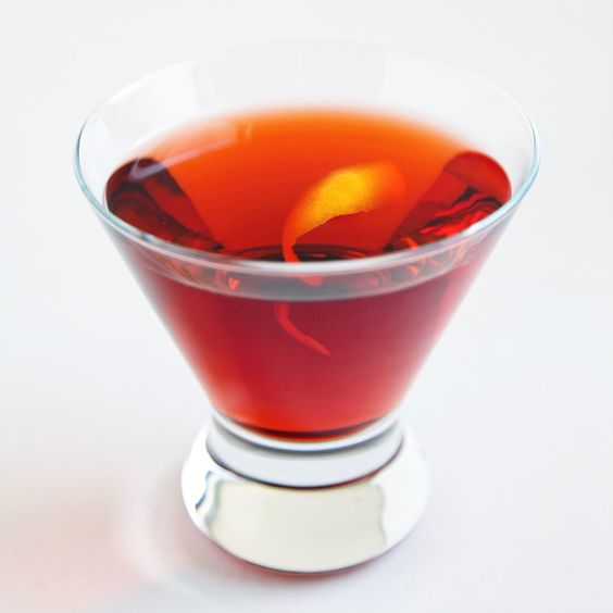 Happy Hour: Negroni: Until recently, I assumed that Campari and its slightly milder cousin Aperol were love-it-or-hate-it aperitifs.