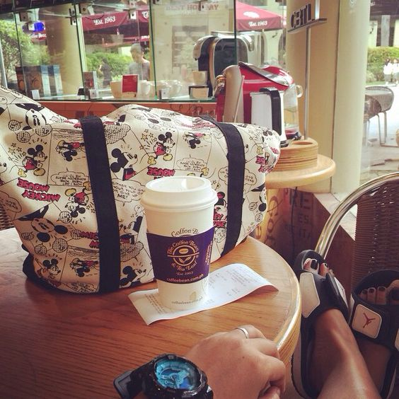 At my fave spot  Good morning! ☕️   #jordans #bagselfie #uniqloph #uniqlo #disney #mickeymouse #mickeyislove #cbtlph #cbtl #coffeebeanandtealeaf #coffeebean #coffeemorning #coffeelove #happytummy #happylittlethings #smileybelly #brewph #gshock