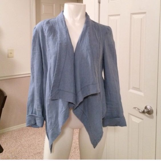 Denim waterfall jacket NWOT 100% linen denim look blazer with waterfall style front. This was purchased in Melbourne Australia so for sentimental reasons the price is firm (keeping if it doesn't sell at listing) this is an Australian size 12 which converts to a U.S. Size 8. It has been tried on a number of times but never actually worn sass & bide Jackets & Coats