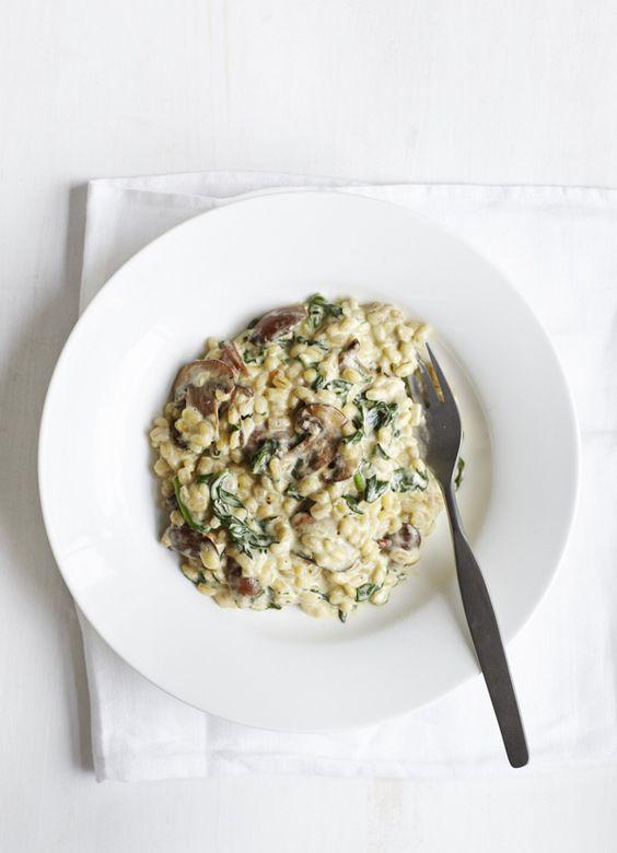 Spinach and mushroom pearl barley risotto