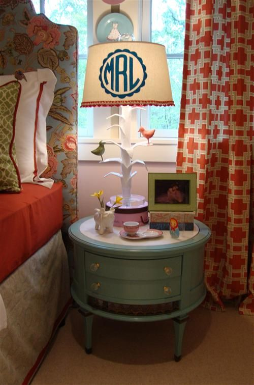 I would love to make a monogrammed lampshade! And I love that little table.