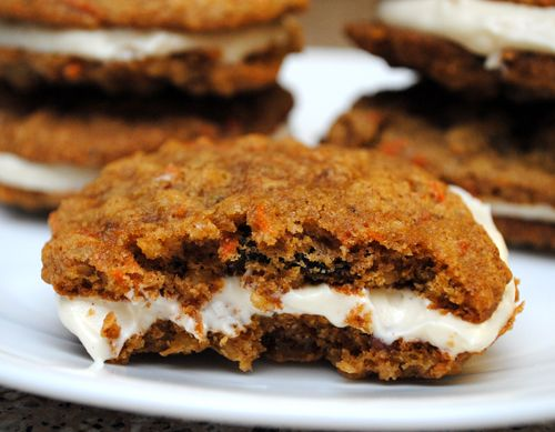 Inside-out Carrot Cake Cookies - These look so yummy!