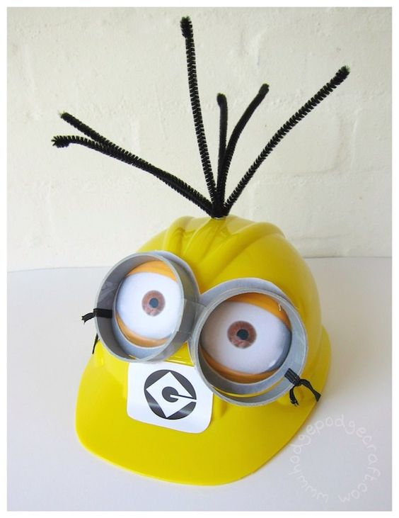DIY Minion construction hat