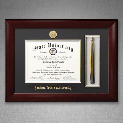 The Lancaster diploma frame marries traditional and modern design. The sleek frame design and dark accents will set their diploma apart from the rest, while honoring the tradition it displays. The Lancaster is an ideal college diploma frame option for anyone with an eye for, or degree in, visual aesthetics.