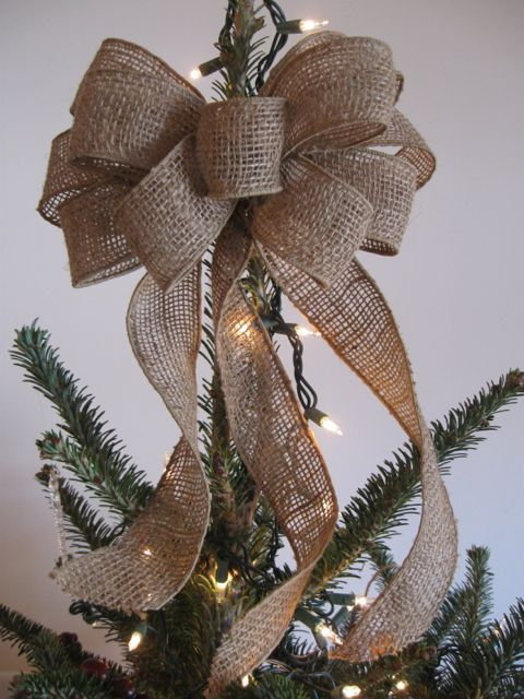 Burlap tree topper bow burlap bow christmas tree topper for Burlap ribbon on tree