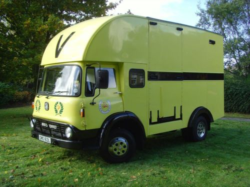 Classic Bedford Tk Horsebox By Vincents Of Reading