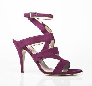 { maroon heels }