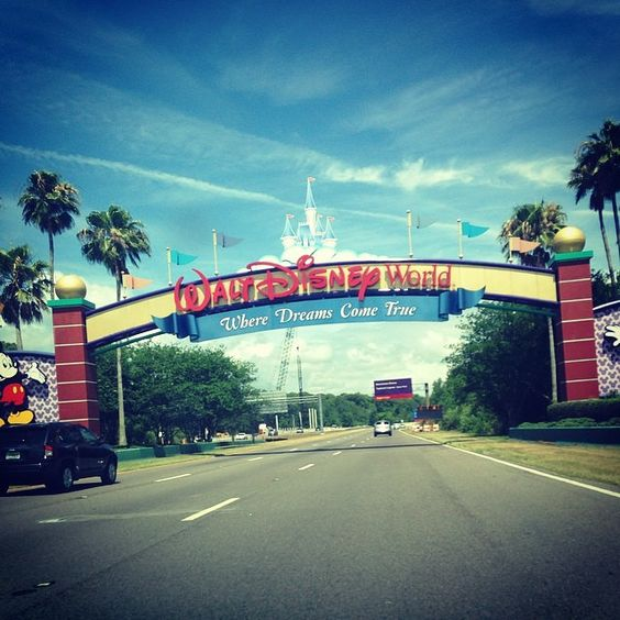Welcome to The Most Magical Place On Earth! (Photo: @thecottoncandyqueen) #WaltDisneyWorld