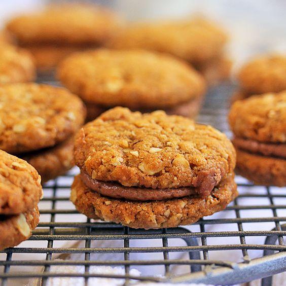 Oat and Hazelnut Yoyo Cookies