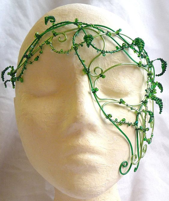 Awesome green wire mask- I would add more leaves, and maybe some flowers and bugs...