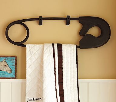 Black safety pin Quilt Rack