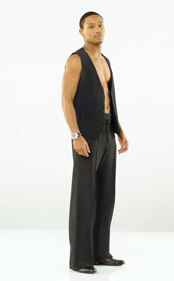 858612f8ed6974 Who dresses worst ! Hogan vs MJ
