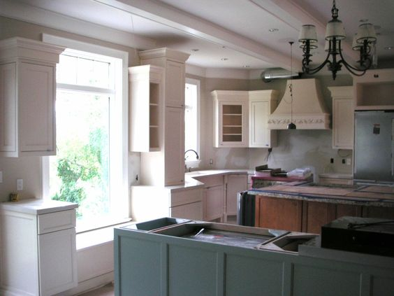 painted kitchen cabinets color forte sherwin williams quietude amp ivory lace 31722