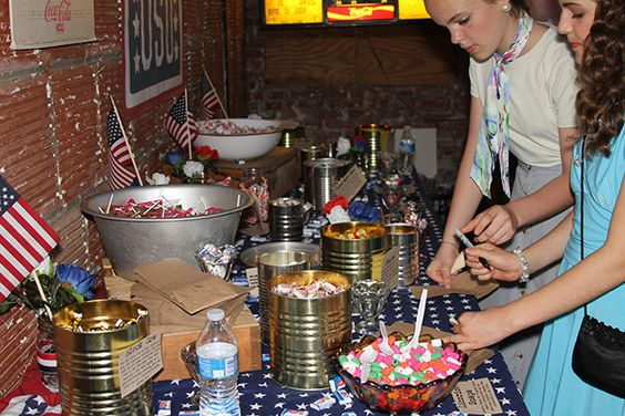 Uso party pinterest the pioneer woman the guest and for 1940s party decoration ideas