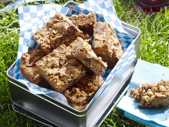 Blondies with Chocolate Chips. #RecipeOfTheDay