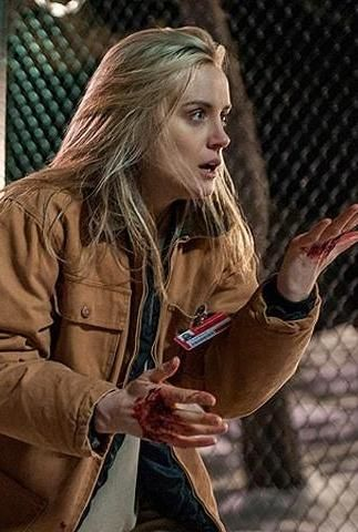 Your first look at OITNB Season 2!