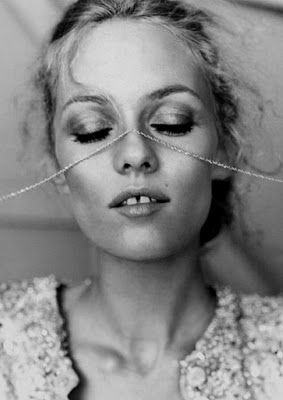 Vanessa Paradis and her famous gap. Love this woman.