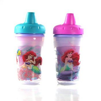 Featuring magical color-changing designs, these Disney The Little Mermaid sippy cups by The First Years make feeding time fun.