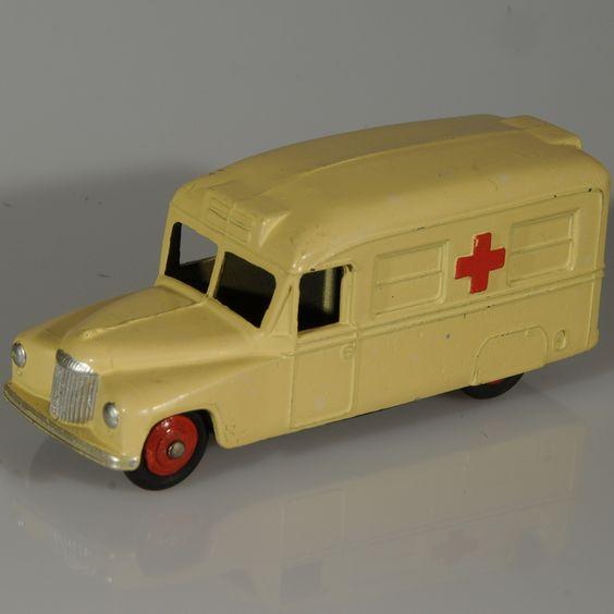 Vintage Dinky Toy #30h Daimler Ambulance