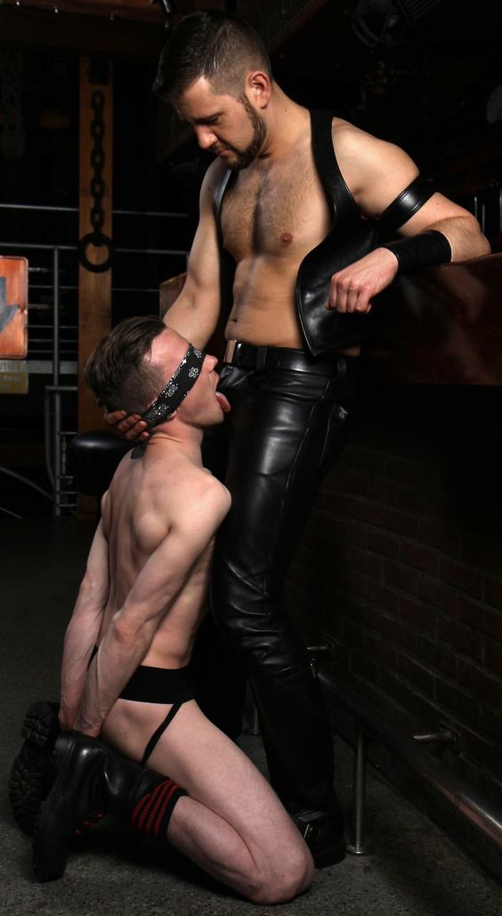 Kinky Leather Sex 8